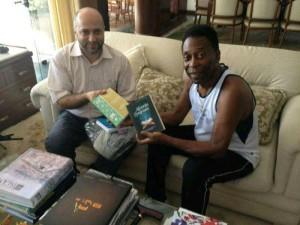 بيليه يتسلم ترجمة معاني القرآن باللغة البرتغالية