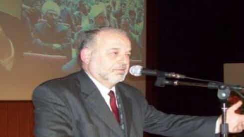 الشاعر مصطفى عكرمة : الأدب الإسلامي موقف