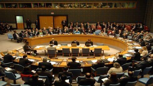 الأخلاق الدولية.. خدعةٌ دبلوماسية, الديبلوماسية, المصالح, حق البقاء, مجتمع مدني, مفهوم الأخلاق,