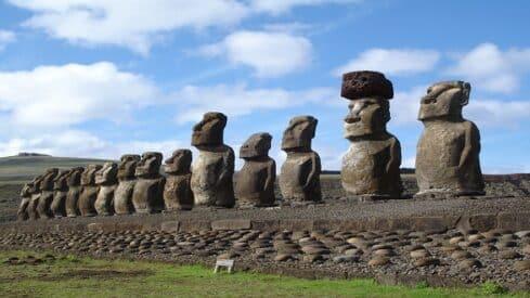 ماحكم التماثيل المنتشرة فى كل مكان وفي المتاحف ؟, آثار, حرام, حلال, فتوى,