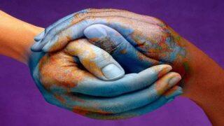 المسلمون جزء من نسيج الإنسانية