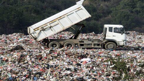 في النفايات ثروات مهدرة
