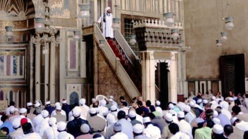 ليس بالإيمان والتوكل وحدهما تحقق الانتصارات يا فضيلة الإمام