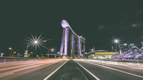 قادة المدن والتخطيط العمراني يتطلعون إلى سنغافورة