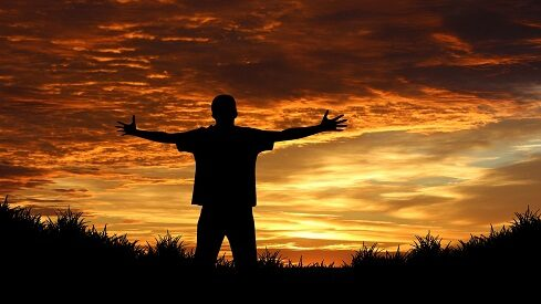 ميزان الحياة الطيبة .. الغيب والإنسان