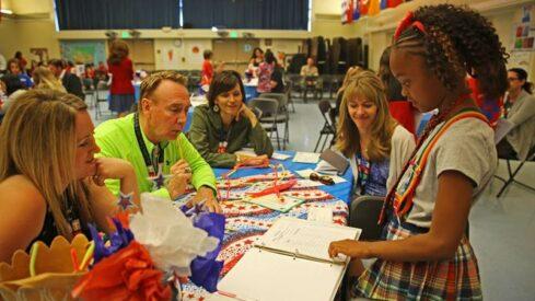 تجربة مدرسة أمريكية حول قيادة الطلاب للعملية التعليمية