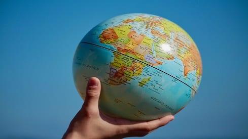 الزيادة السكانية.. بين الشريعة الإسلامية ومطالب المؤتمرات الدولية (2), أسباب النمو السكاني, الآثار السلبية للزيادة السكانية, النظرة الشرعية لتحديد النسل, تحديد النسل, حلول الزيادة السكانية,