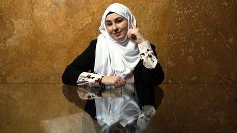 كاتبة إسبانية : القرآن لا يميز بين الجنسين, إسبانيا, الإسلام, الإعلام, الحجاب, المرأة, النسوية,