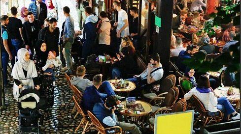"""سراييفو .. سوق """"باش تشارشي"""" يزداد جمالا في رمضان, البوسنة والهرسك, رمضان, سراييفو,"""