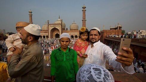 أعياد المسلمين..عبادة وفرحة
