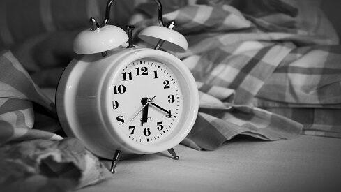 دلالات عادات الإستيقاظ من النوم