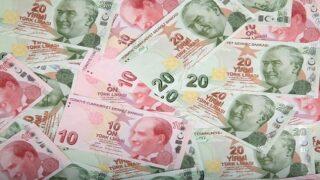 أثر الاقتراض بالربا على الليرة التركية