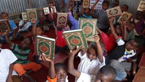 تعليم القرآن في إفريقيا: سلبيات الأداء ومخاطر الترك