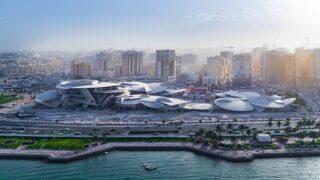 """زهرة رمال """"متحف قطر"""" تتفتح على العالم"""