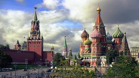 موسكو.. غموض تبدده الأقلام, ألف يوم في موسكو, تولستوي, روايات المدن, موسكو, نبيل عمرو,