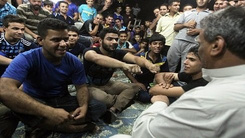 """العراق.. لعبة """"المحيبس"""" الأكثر شعبية في رمضان, ألعاب شعبية, ألعاب عراقية, العيد في بغداد, رمضان في العراق, فلكلور عراقي,"""