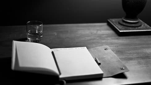 المؤرخ الخائف, التأليف, التاريخ, الكتب,