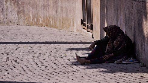 ضمان الإسلام للإنسان حدَّ الكفاية المالية
