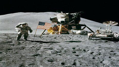 لماذا صعدنا إلى القمر في 1969 وعجزنا الآن!؟
