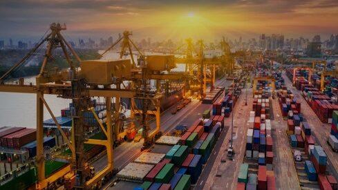 الاقتصاد العالمي: اشتداد التوترات وضعف النمو