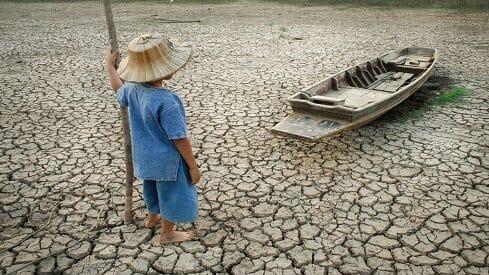 100مليون فقير آخر عام 2030 بسبب تغير المناخ