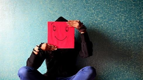 توقفوا عن المحاولة .. البشر لم يخلقوا للسعادة, التنمية البشرية, السعادة,