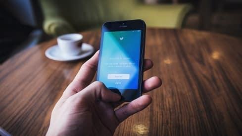 شيءٌ من حُمَّى الإنترنت, أسباب الشائعات, التواصل الإجتماعي, شائعات الانترنت, شائعات التواصل الإجتماعي, طرق مكافحة الشائعات,