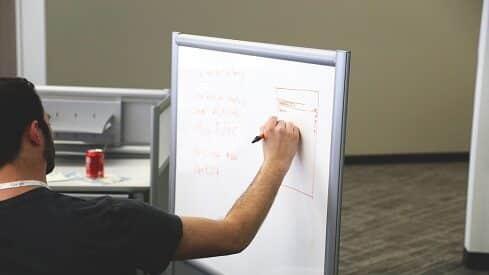 كيف تبدأ عملا تجاريا وتجعله ناجحا ؟