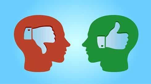 التحيز المعرفي والتحيز الأيديولوجي : سمات فارقة