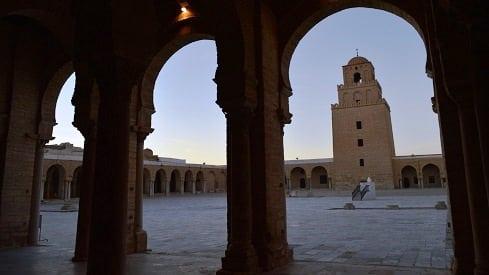 قصة بناء عقبة بن نافع لمدينة القيروان, التاريخ الإسلامي, التاريخ الإنساني, المغرب العربي, تونس,