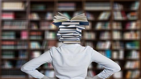 عن تكوين المكتبة.. وإعادة تكوينها, أهمية المكتبة, القراءة, الكتاب, كيف أكون مكتبة منزلية, معرض الكتاب, مكتبة منزلية, وصف المكتبة,