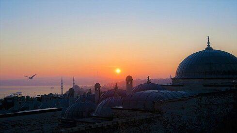 القيادة في القصص القرآني (نموذج يوسف عليه السلام)