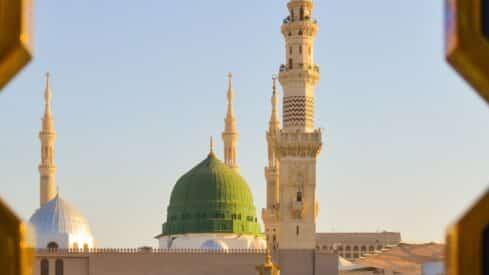 لماذا الدفاع عن النبي صلى االله عليه وسلم؟