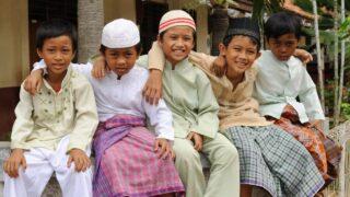 أطفال المسلمين في الروضة