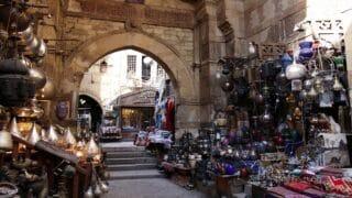 صور من العادات والطقوس الرمضانية في المجتمعات العربية