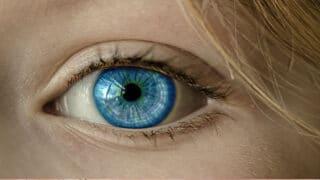 هل حجم حدقة العين يحدد مستوى الذكاء؟