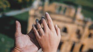 فقه الزوج الناشز في قوله تعالى (وَإِنِ امْرَأَةٌ خَافَتْ مِن بَعْلِهَا نُشُوزًا أَوْ إِعْرَاضًا)